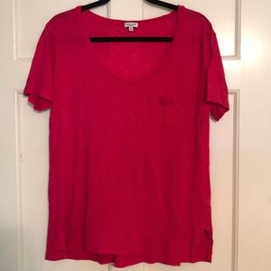 Splendid Scoop Neck Tee Medium with Side Slits